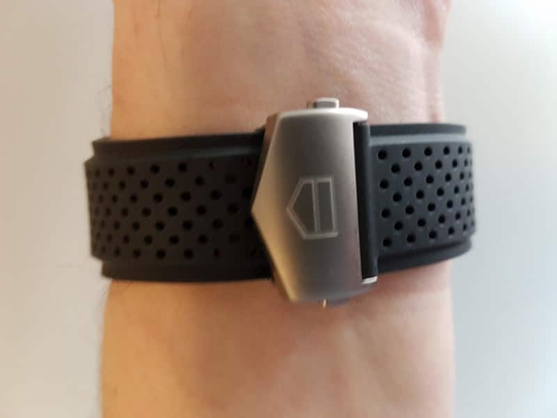 Tag Heuer Connected smartwatch clasp closed