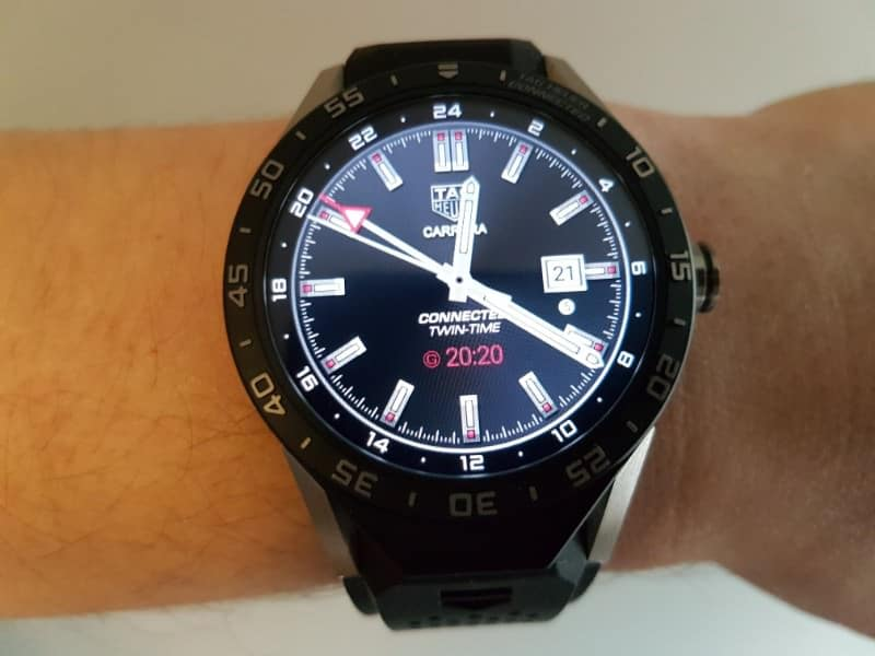 Tag Heuer Connected smartwatch GMT black face