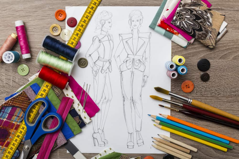Clothing design with drawing tools