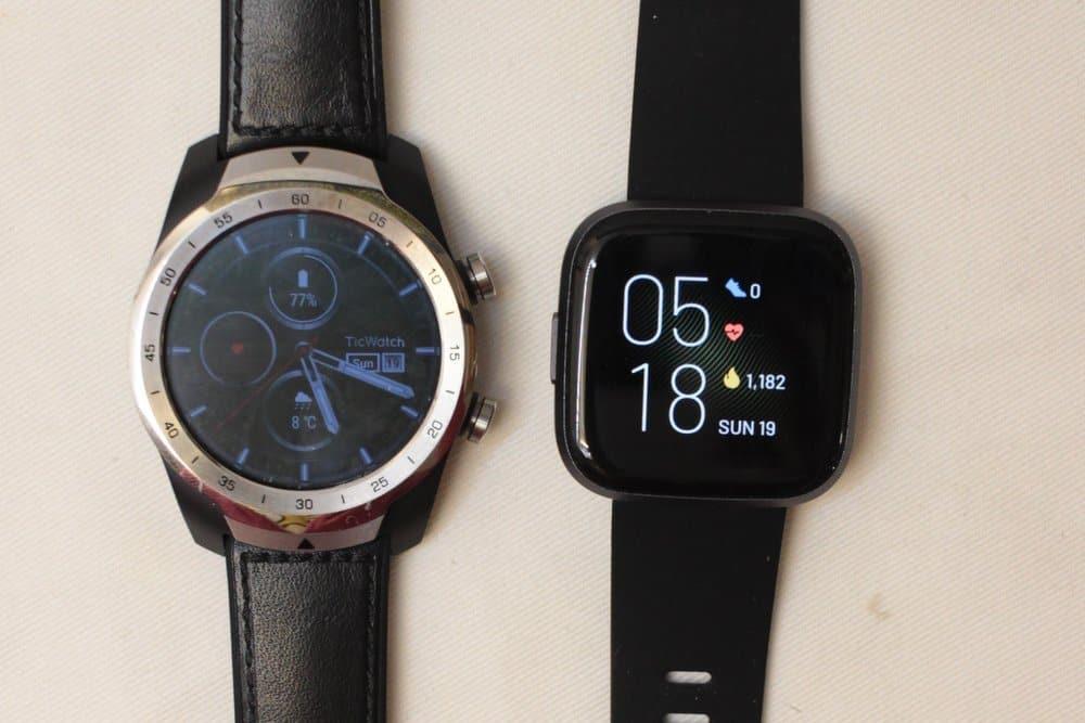 Ticwatch Pro vs Fitbit Versa 2 main screen
