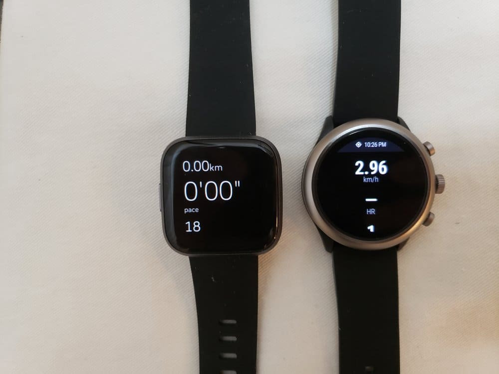 Versa 2 and Sport Smartwatch acting in exercise mode