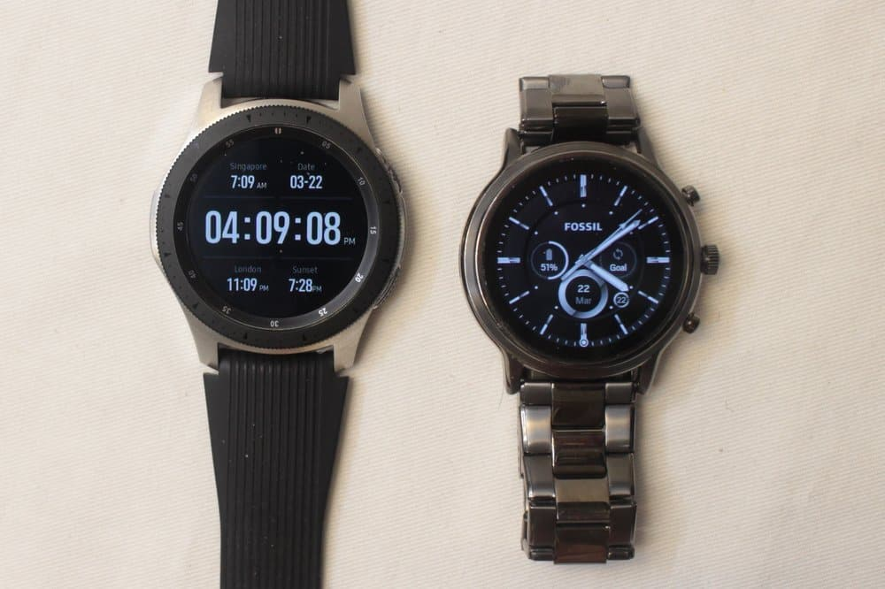 Samsung Galaxy Watch vs Fossil Gen 5 Carlyle main watch face