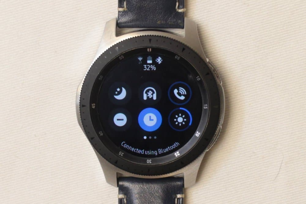 Samsung Galaxy Watch dropdown menu