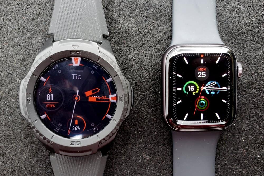 ticwatch s2 vs apple watch series 5 main screen