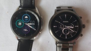 Samsung Galaxy Watch 3 vs Fossil Gen 5 Carlyle main screen
