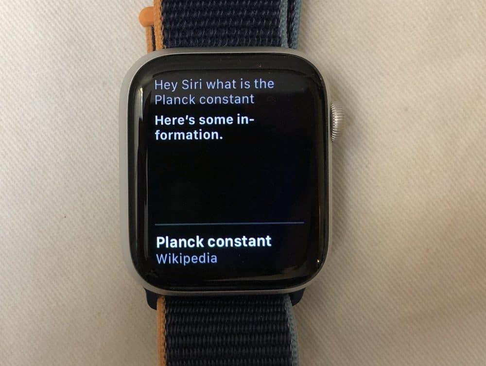Apple Watch Series 6 Siri